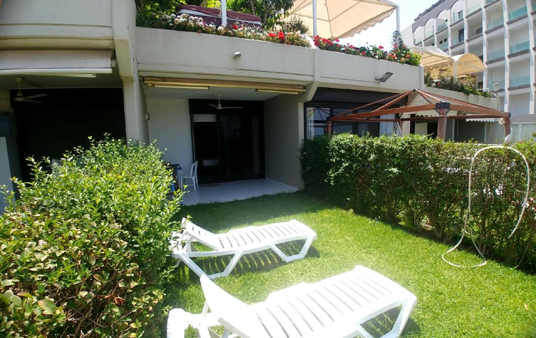Chalet Nursery And Garden Center: Chalet For Sale In Jounihe Holiday Inn, Keserwan Chalets